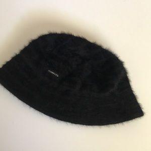 Black Vintage Fur Kangol Hat